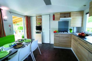 Mobil home GRAND CONFORT 3 chambres 6 personnes cuisine