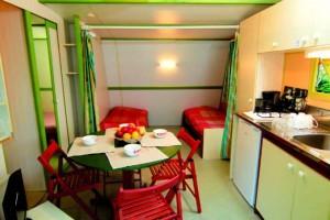 Bungalow Bois - 2 chambres 5 personnes intérieur