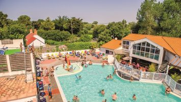 vue haut piscine ext - Copie